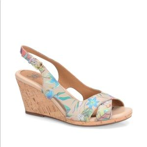 Sofft Cailean Floral Print Leather Wedge Sandals